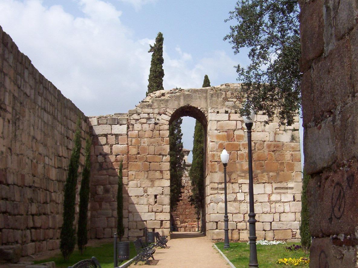 detalle muralla arabe en merida