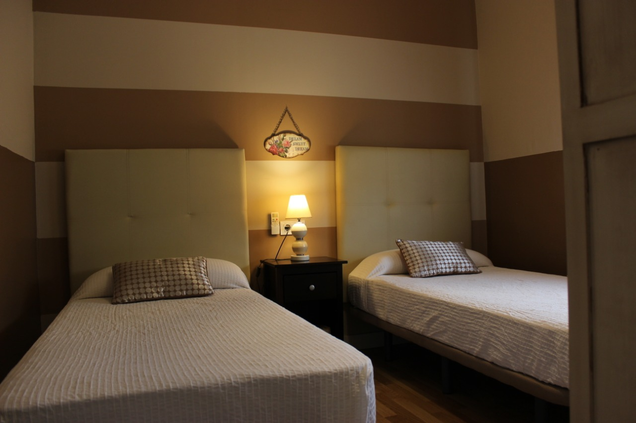 detalle dormitorio principal domus terrae de merida