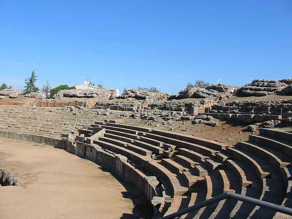 detalle graderío anfiteatro romano de merida